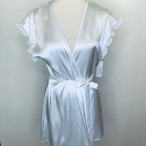 Gillian & O'Malley Intimates Bridal Robe Size M